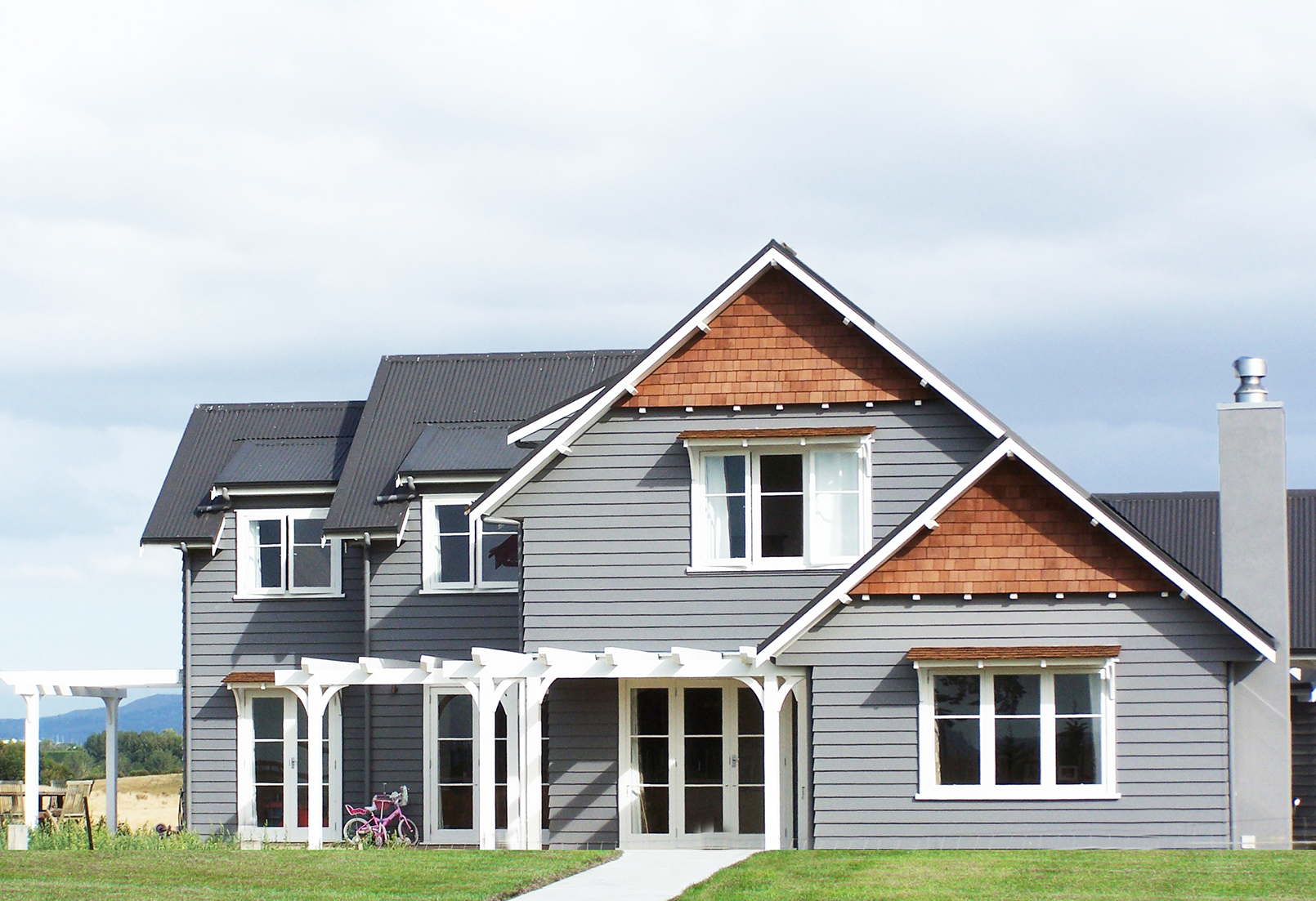 7 Popular Siding Materials To Consider: Mixed Exterior Styles